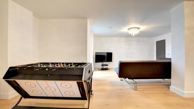 Games room at Orion Apartment - Citybase Apartments