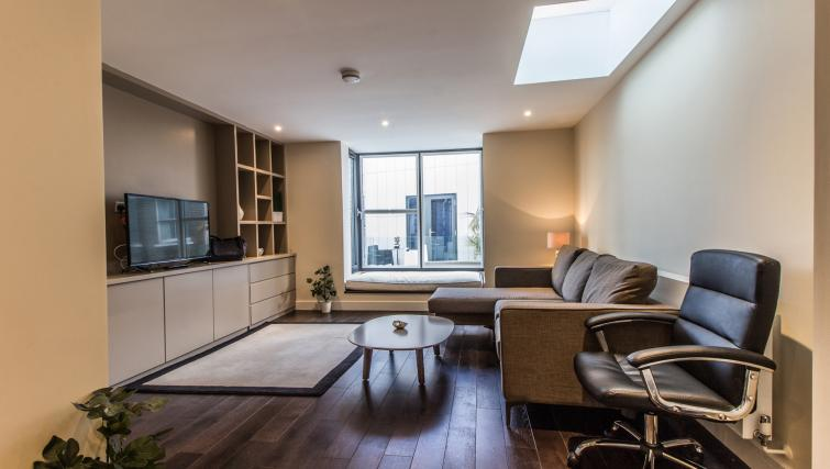 Living area at Liverpool Street Apartment - Citybase Apartments