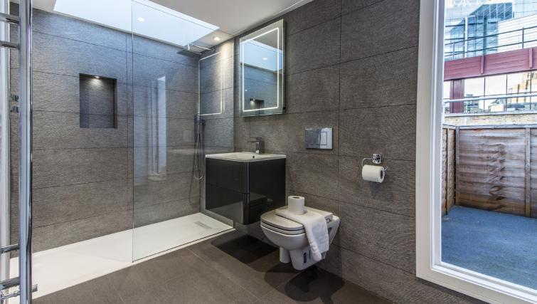 Shower at Liverpool Street Apartment - Citybase Apartments
