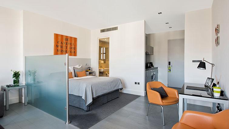 Premier studio at Templeton Aparthotel - Citybase Apartments