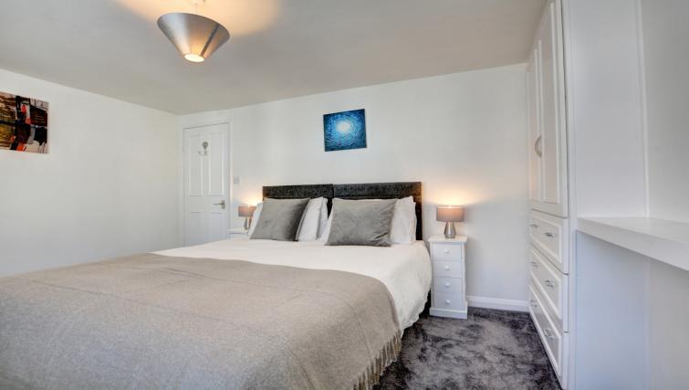 Bedroom at Cheltenham Cottage - Citybase Apartments