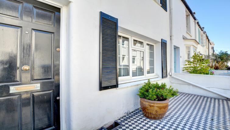 Exterior at Cheltenham Cottage - Citybase Apartments
