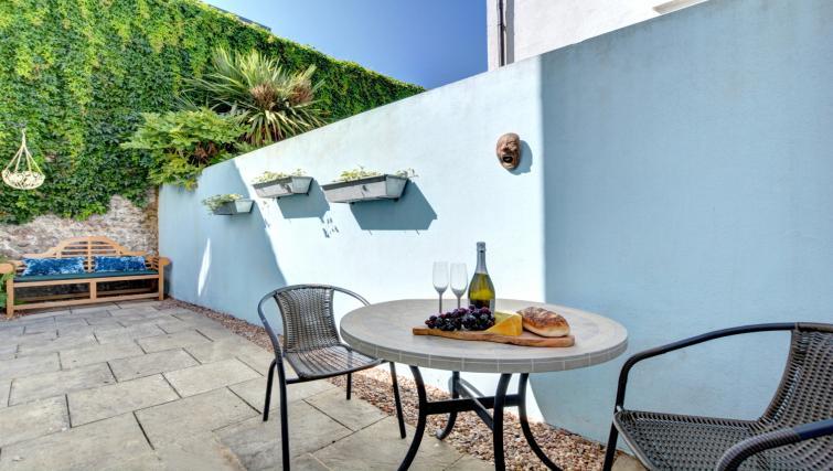 Garden at Cheltenham Cottage - Citybase Apartments