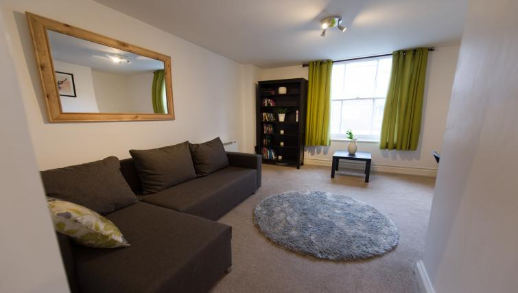 Living room at Romsey Road Serviced Apartment - Citybase Apartments