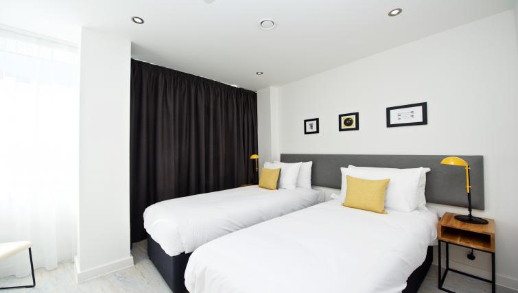 Twin room at Staycity Liverpool Waterfront - Citybase Apartments
