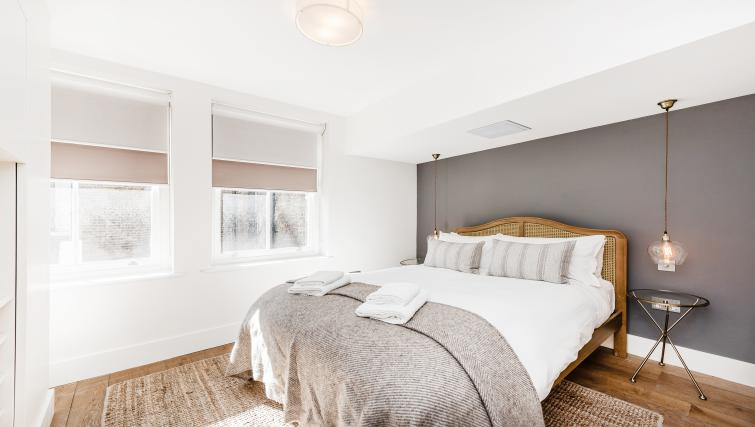 Bedroom at BE: Drury Lane Apartments - Citybase Apartments