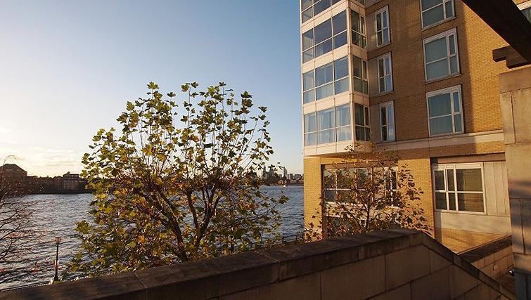 Amazing exterior to Belgrave Court Apartments - Citybase Apartments