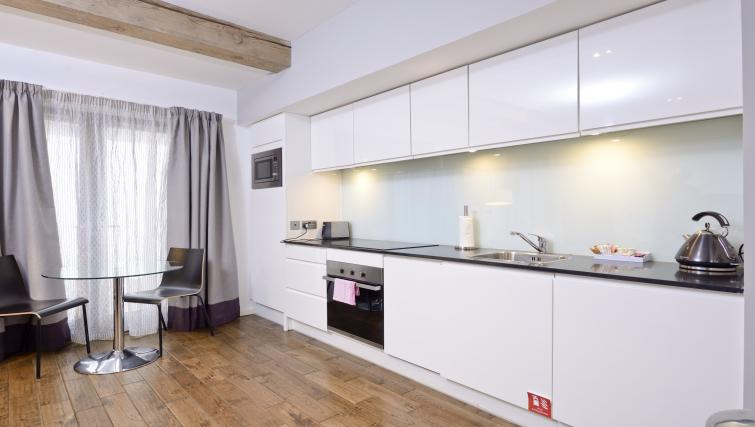 Kitchen facilities at Malt House Apartments - Citybase Apartments