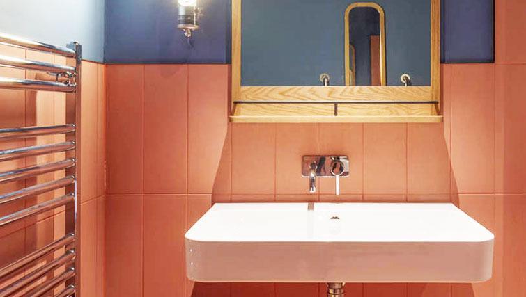 Bathroom at Whitworth Locke Apartments - Citybase Apartments