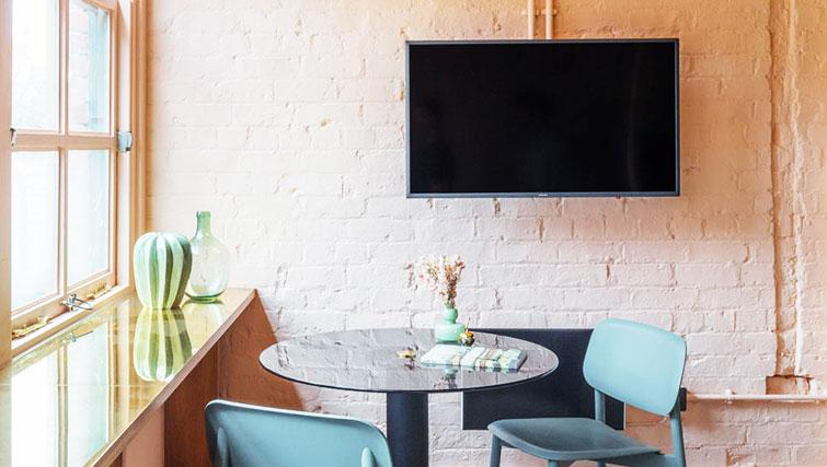 TV at Whitworth Locke Apartments - Citybase Apartments