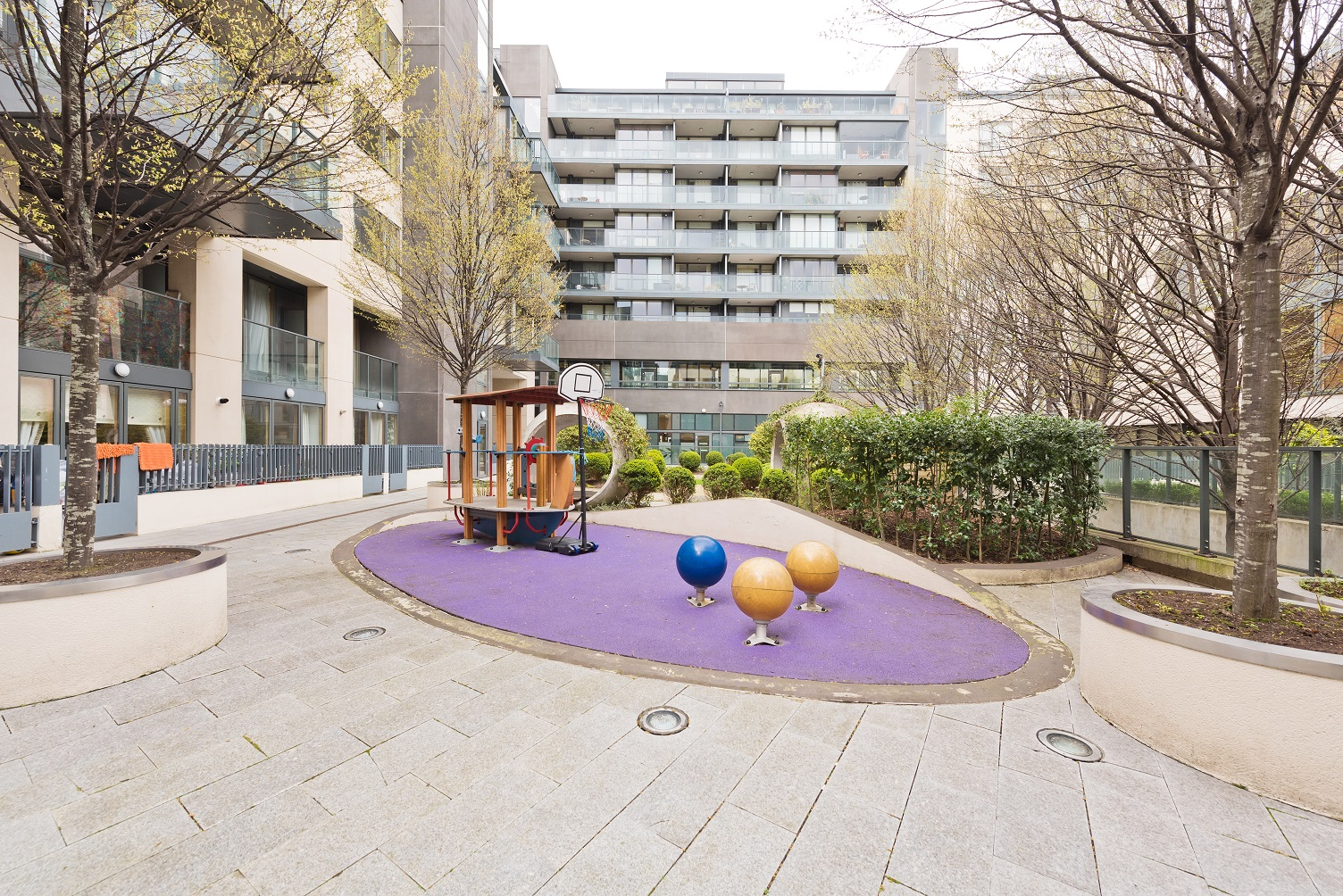 Local park at Riverside Quay Apartments - Citybase Apartments