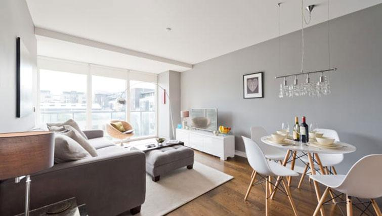 Spacious living area at Riverside Quay Apartments - Citybase Apartments