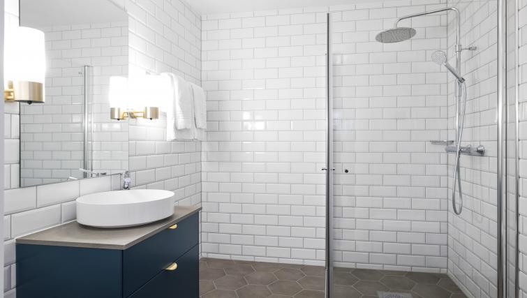 Shower at Verksgata Apartments - Citybase Apartments