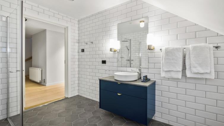 Bathroom at Verksgata Apartments - Citybase Apartments