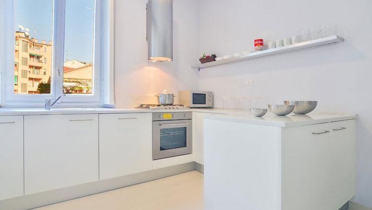 Kitchen at Bacone Liberty Diana - Citybase Apartments