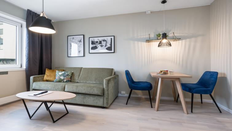Sofa at Lagårdsveien 61 Serviced Apartments - Citybase Apartments