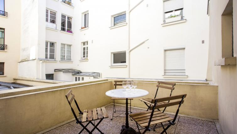 Terrace at Lunes Apartments - Citybase Apartments