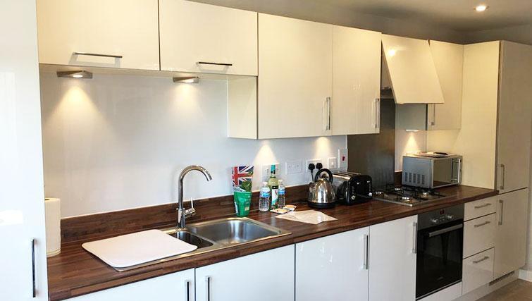 Kitchen at Wain Close Apartment - Citybase Apartments