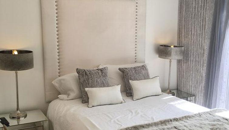 Bedroom at Wain Close Apartment - Citybase Apartments