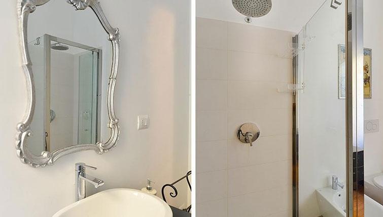 Sink at Moscova Apartment - Citybase Apartments