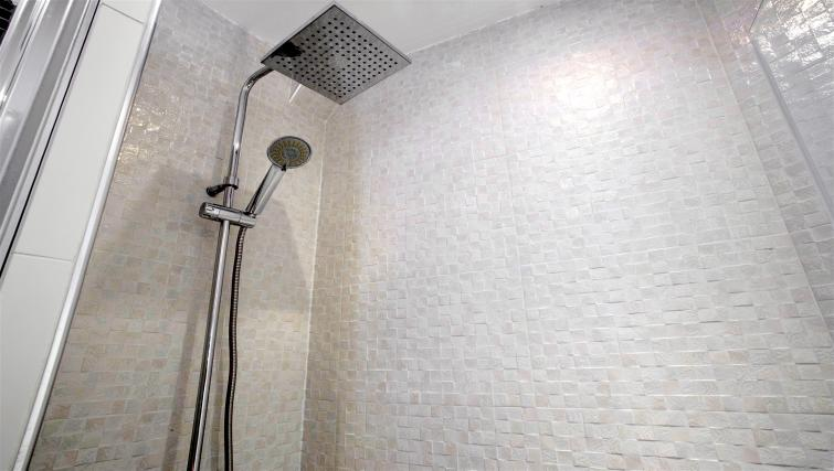 Shower at Saint Lazare Apartments - Citybase Apartments