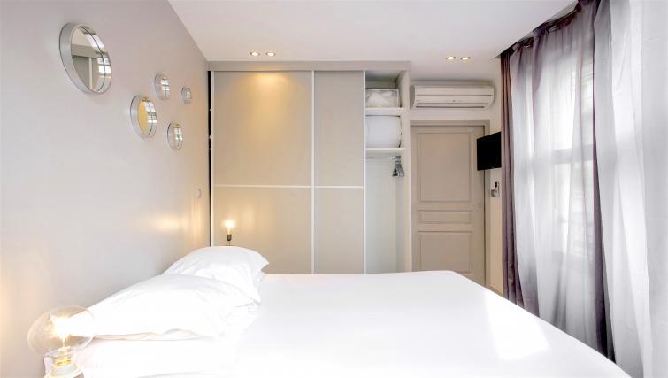 Bedroom at Saint Lazare Apartments - Citybase Apartments