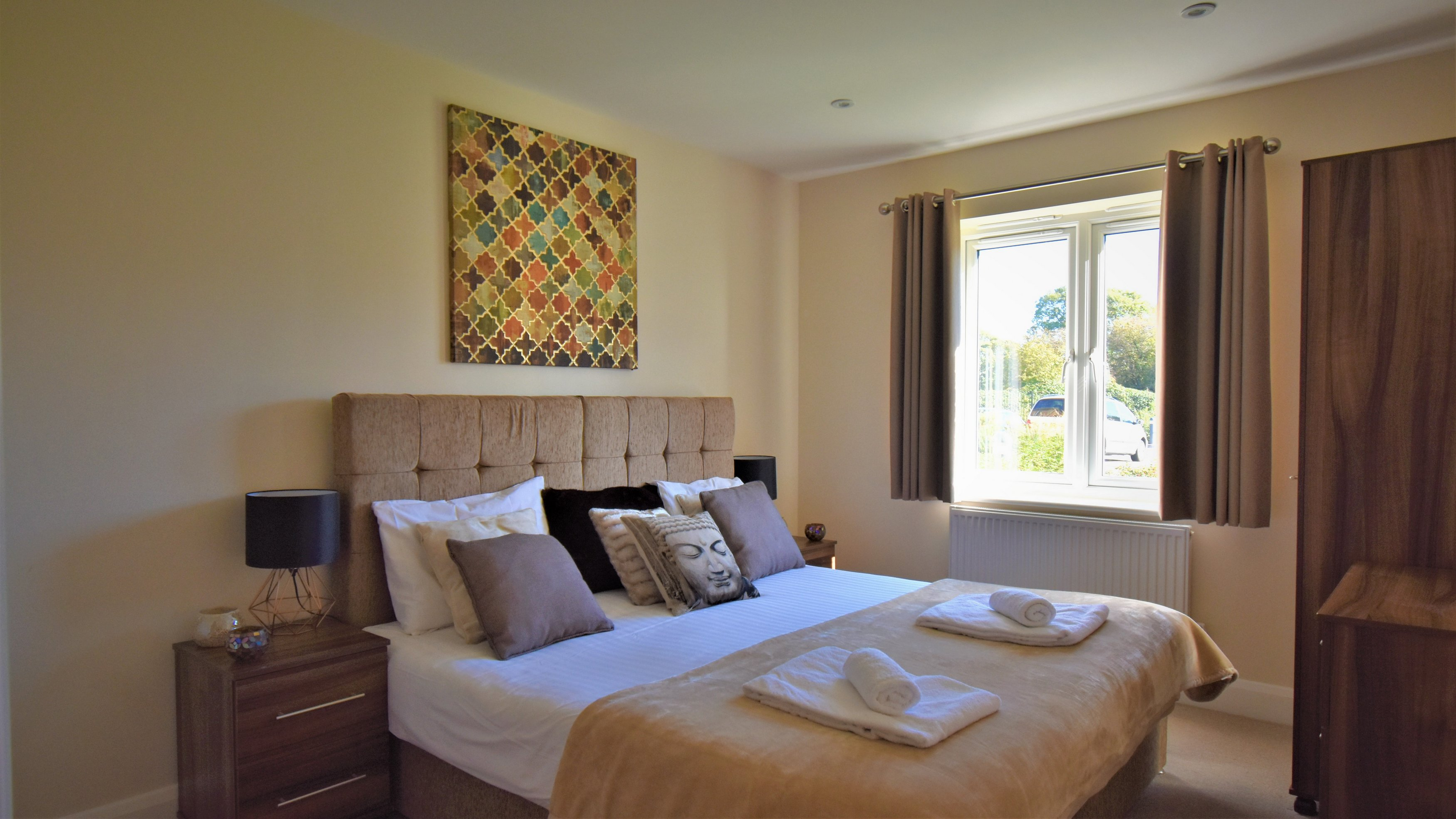 Bedroom at London Heathrow Living Serviced Apartments - Citybase Apartments