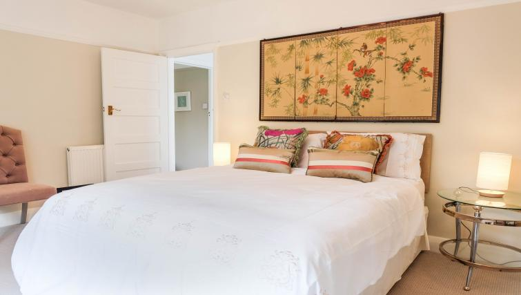 Modern bedroom at Evesham Road Apartment - Citybase Apartments
