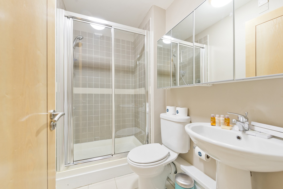 Shower at Grand Canal Apartments - Citybase Apartments