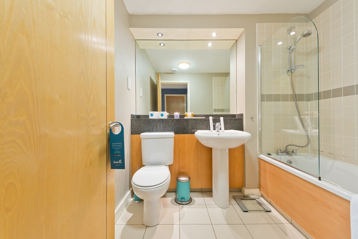 Toilet at Grand Canal Apartments - Citybase Apartments