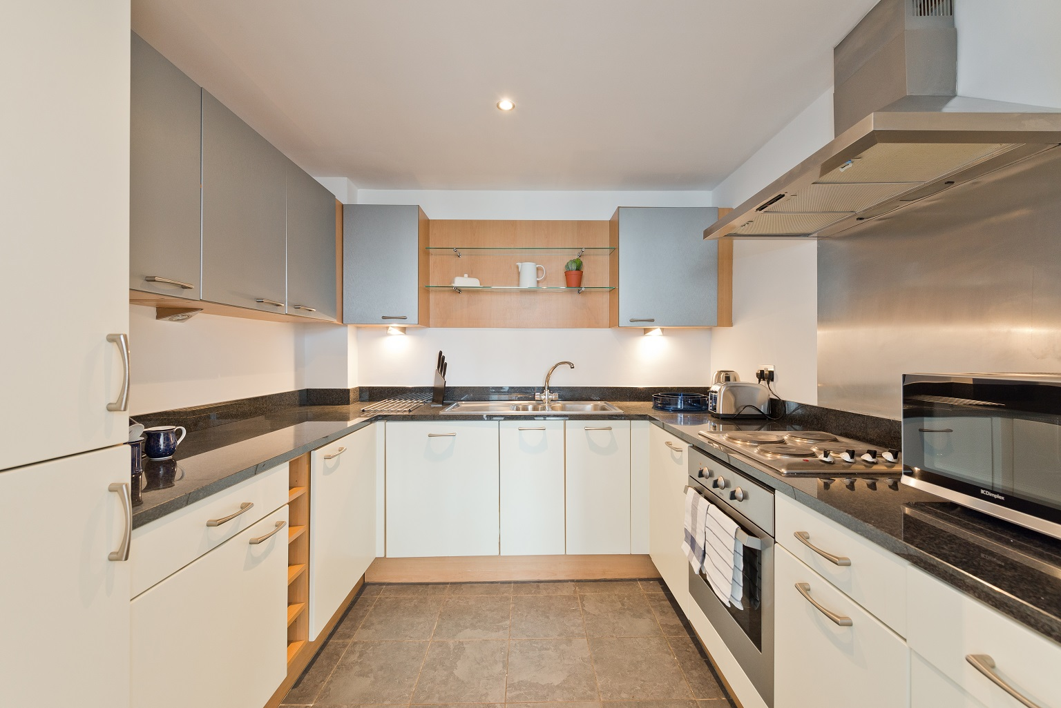 Oven at Spacious Grand Canal Apartments - Citybase Apartments