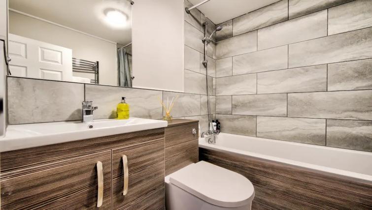 Bathroom at Thistle Street Apartment - Citybase Apartments