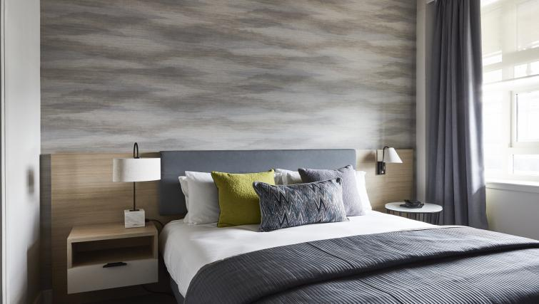 Bedroom at Staybridge Suites Dundee - Citybase Apartments