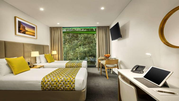 Twin beds at Quest Mounts Bay Road Apartments - Citybase Apartments