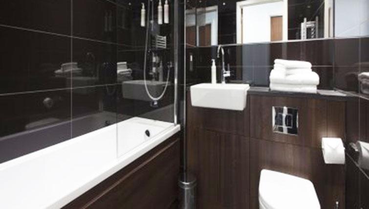 Bathroom at Adagio London Brentford Apartments - Citybase Apartments