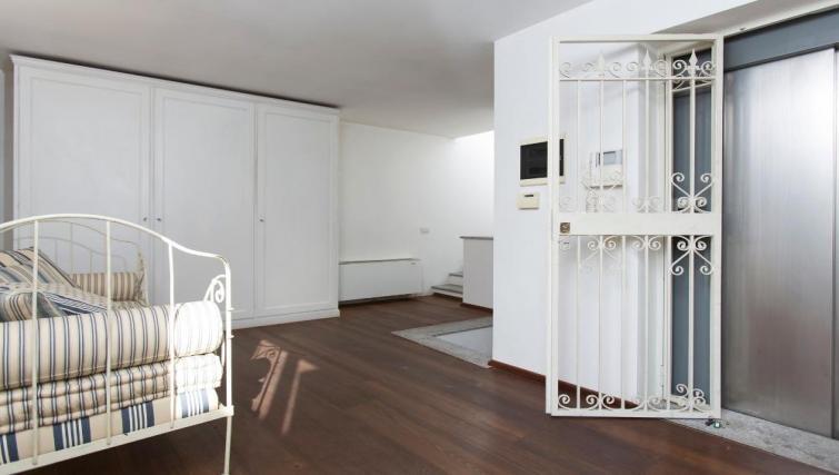 Spacious room at Fieno Apartment - Citybase Apartments
