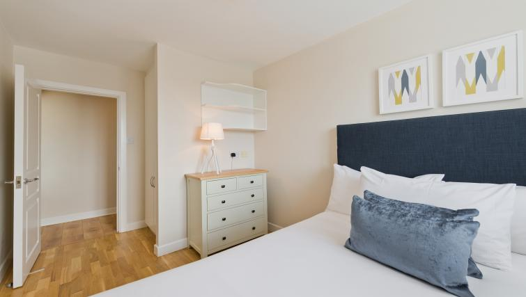 Modern bedroom at Iveagh Court Apartments - Citybase Apartments