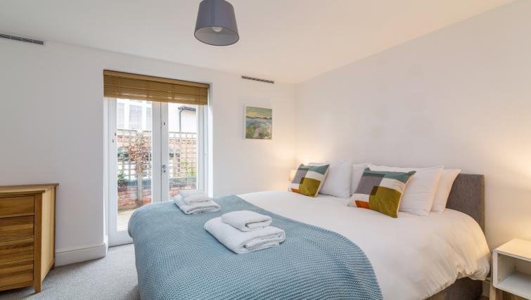 Bedroom at Alexandra Park Apartments - Citybase Apartments