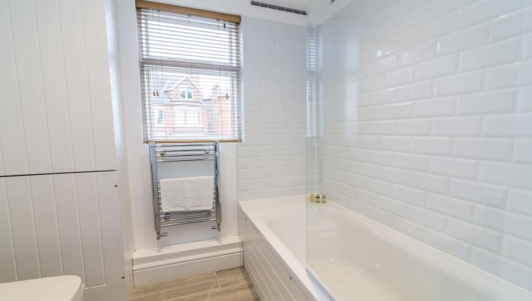 Bathroom at Alexandra Park Apartments - Citybase Apartments