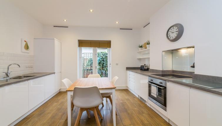 Kitchen at Alexandra Park Apartments - Citybase Apartments
