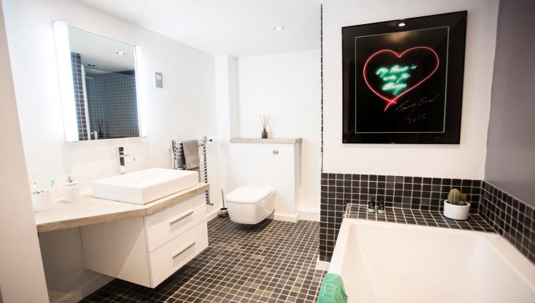 Bathroom at Paintworks Apartments - Citybase Apartments