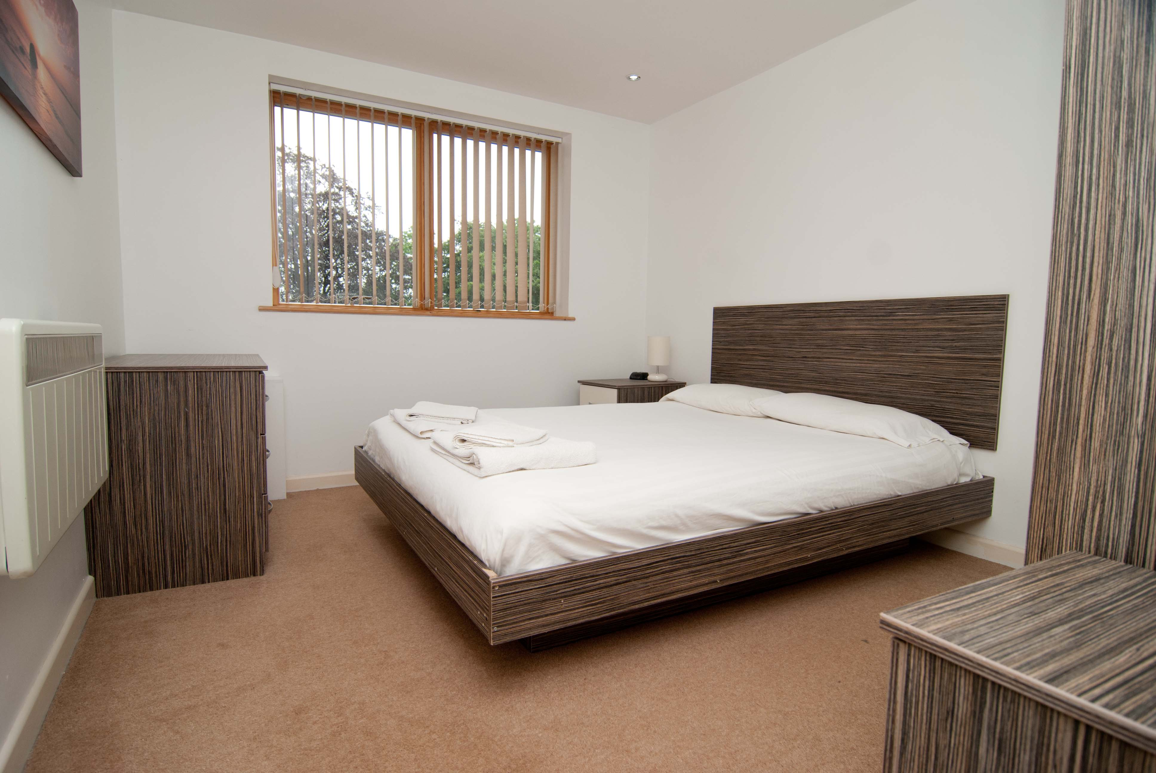 Double bed at Southampton Serviced Apartments - Citybase Apartments