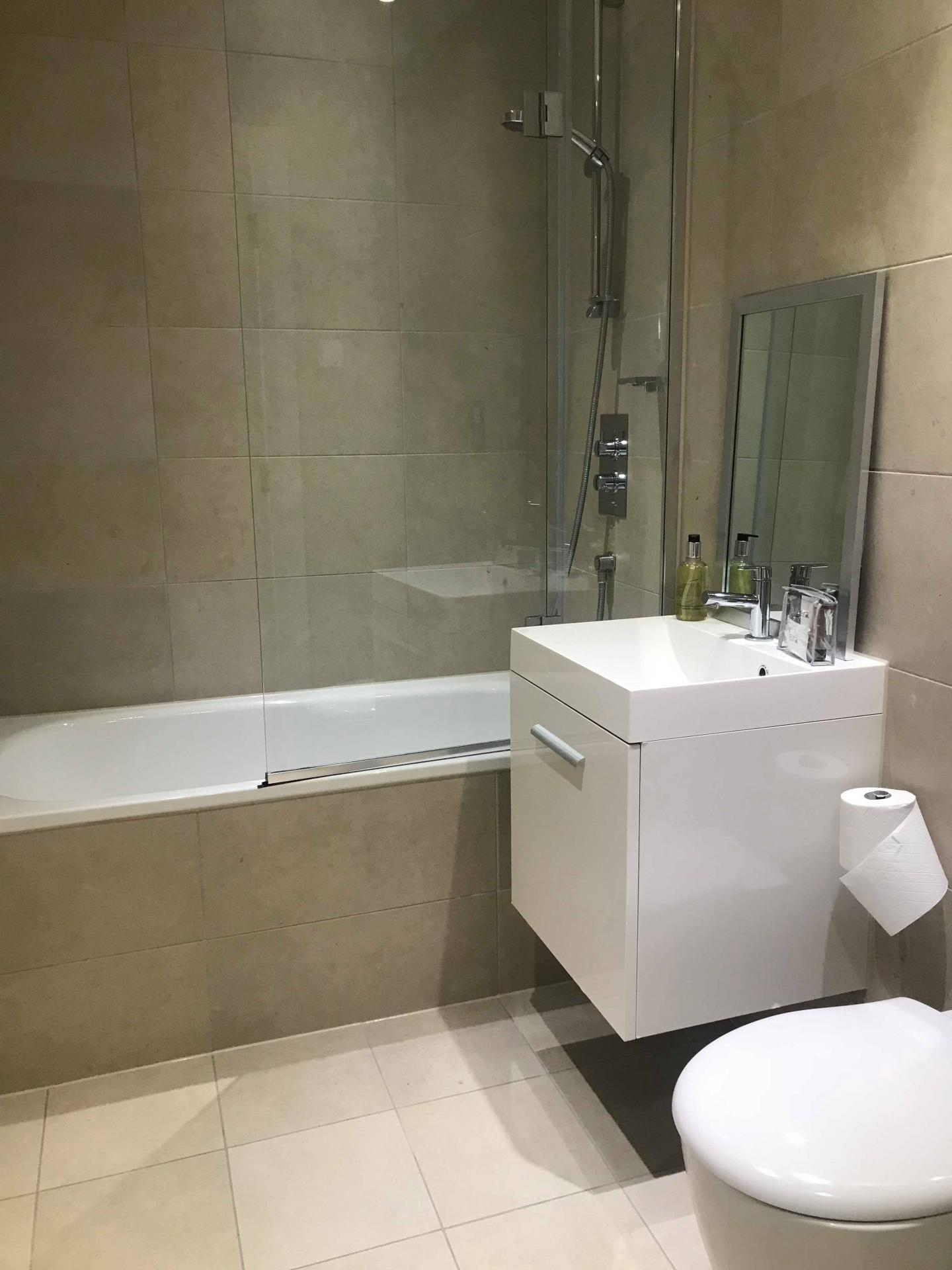 Sink at Ocean Village Serviced Apartments, Ocean Village, Southampton - Citybase Apartments
