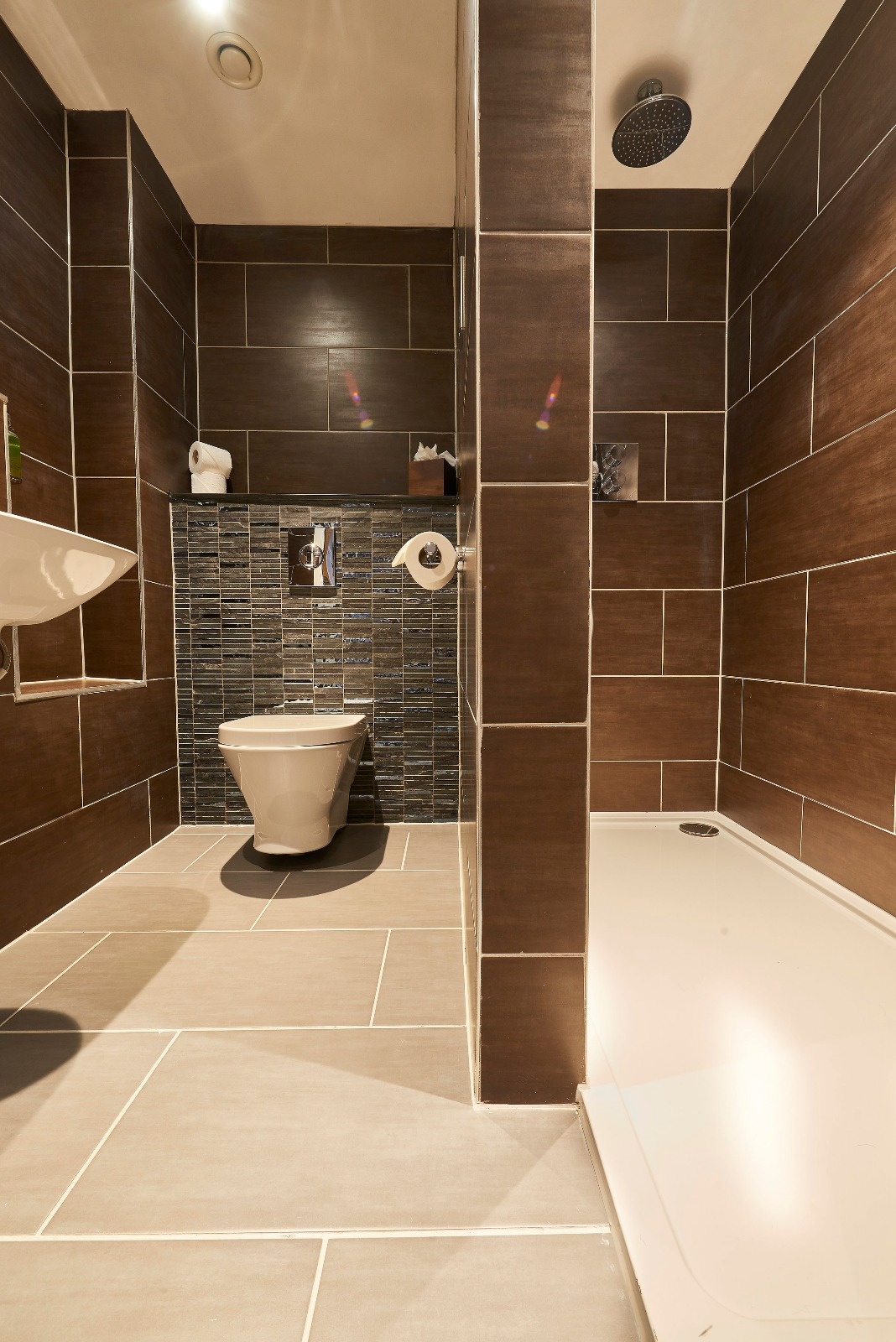 Bathroom at Duke Street Serviced Apartments - Citybase Apartments