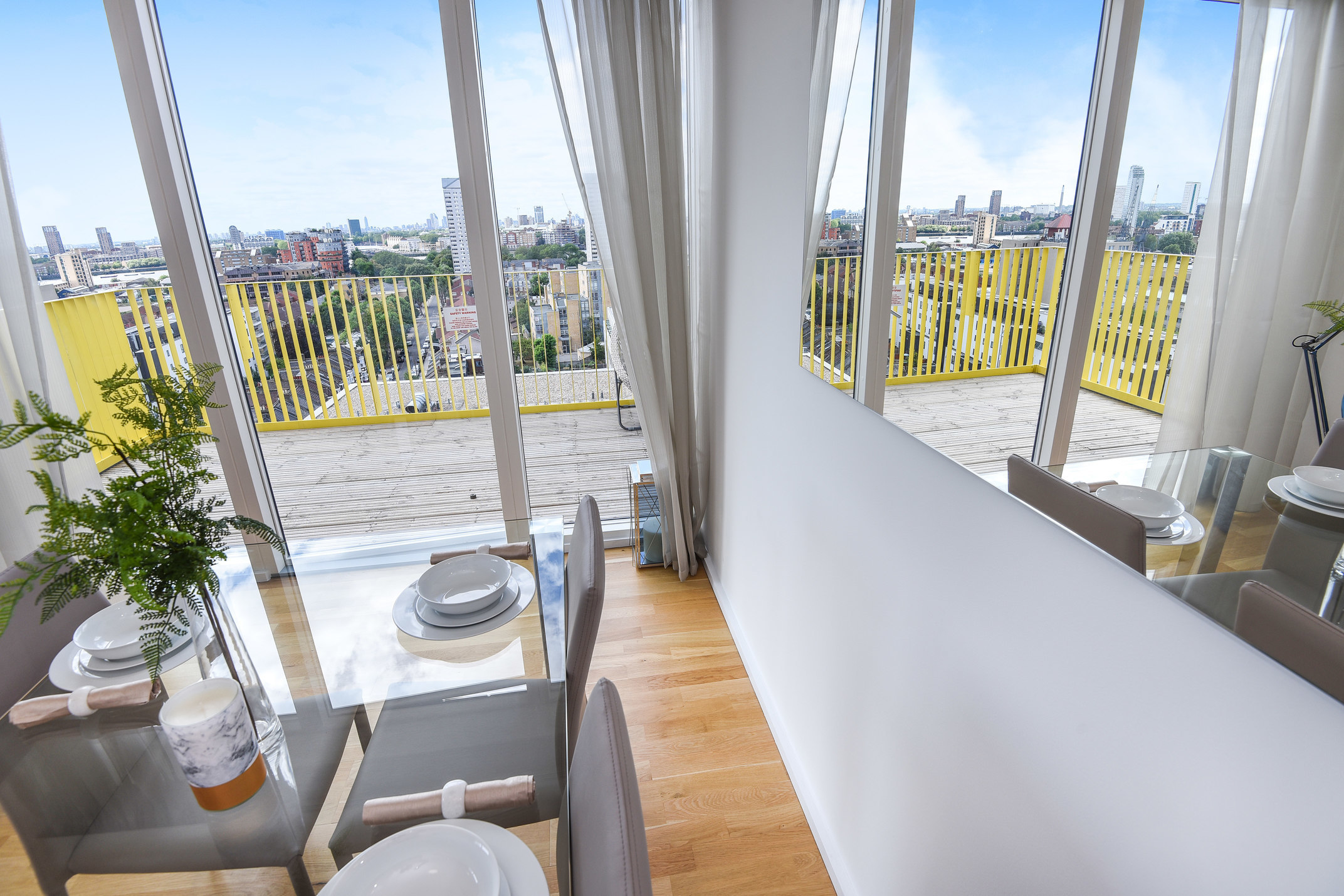 Views at Millharbour Residences - Citybase Apartments
