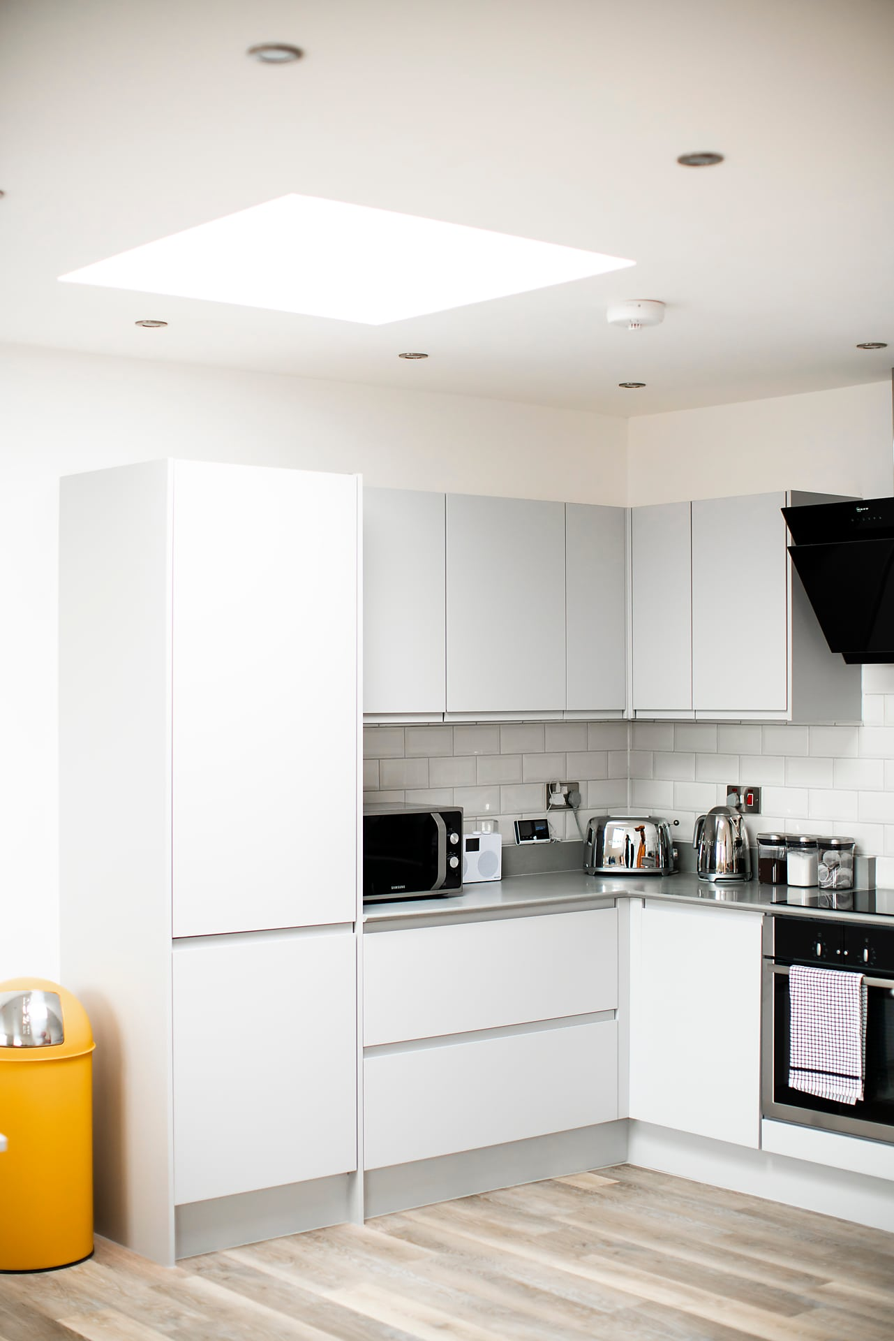 Modern kitchen at The Cigar Factory Apartments - Citybase Apartments