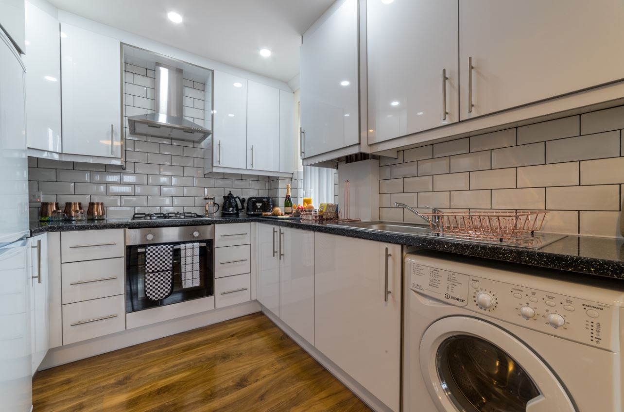 Kitchen at London Heathrow Serviced Apartments - Citybase Apartments