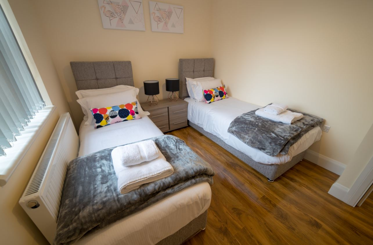 Twin beds at London Heathrow Serviced Apartments - Citybase Apartments