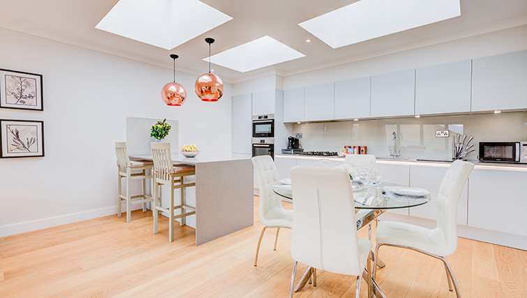 Bright kitchen area at Concord House - Citybase Apartments