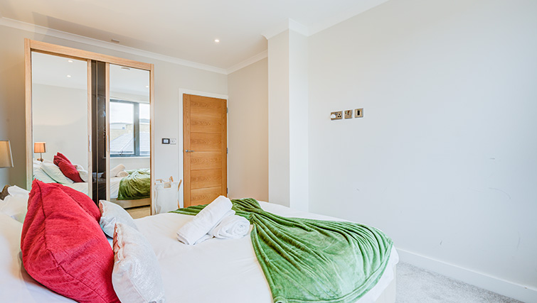 Bedroom 2 at Concord House - Citybase Apartments